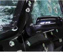 Ladrões tentam assaltar motorista em carro blindado